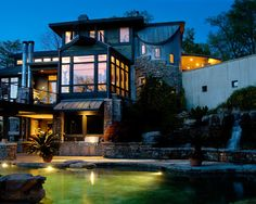 Modern Traditional Home Exterior Design In forest Hills