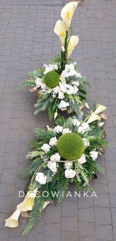 Church Flower Arrangements, Beautiful Flower Arrangements, Most Beautiful Flowers, Floral Arrangements, Romantic Home Decor, Romantic Homes, Grave Decorations, Flower Decorations, Dried Flower Bouquet