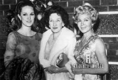 Lana with her daughter Cheryl and mother Hollywood Icons, Old Hollywood, Lana Turner, Oscar Winners, In The Flesh, Mother And Child, Cheryl, Scandal