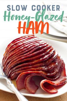 Think cooking a delicious moist and tender ham has to be a difficult task? Not so with this Slow Cooker Ham recipe with a honey-mustard glaze. - Ham - Ideas of Ham Slow Cooker Ham Recipes, Crock Pot Slow Cooker, Pork Recipes, Crockpot Recipes, Cooking Recipes, Crock Pot Ham, Ham In Slow Cooker, Ham In Crockpot, Easy Ham Recipes