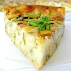 Light clafoutis with zucchini and goat cheese: the easy recipe - Recipes Easy & Healthy Easy Cooking, Cooking Time, Cooking Recipes, Quiches, Omelettes, Food Porn, Goat Cheese Recipes, My Best Recipe, Food Inspiration