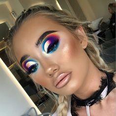 ladies womens fashion lady woman DIY videos tutorial make lipstick makeup lover cosmetics lips eyes looks divas Glam Makeup Look, Makeup Eye Looks, Creative Makeup Looks, Cute Makeup, Pretty Makeup, Makeup Trends, Makeup Tips, Makeup Ideas, Makeup Geek