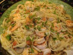Italian Lemon Garlic Shrimp Fettuccine