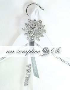 Wedding Dress Rhinestone Hanger Personalized by UnSempliceSi