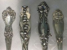 Antique Flatware Patterns Whether you're an avid collector or simply want a serving piece or two to enhance your holiday table, there's no denying the exquisite beauty of antique . Vintage Silver, French Vintage, Antique Silver, Tea Party Table, Jugendstil Design, Rustic French Country, Sterling Silver Flatware, Shabby Chic Decor, Patterns