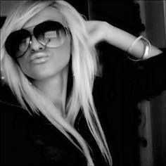 long blonde hair. <3