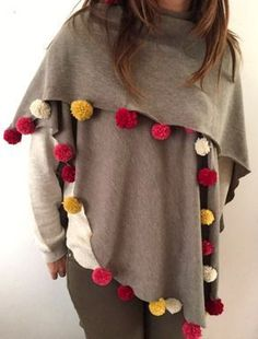 20 DIY Poncho Patterns To Get Hooked On This Fall More Fluff your fall wardrobe in an instant by creating some ponchos that you can throw on and go all season long. Poncho Knitting Patterns, Sewing Patterns, Shawl Patterns, Crochet Patterns, Diy Poncho, Sewing Clothes, Diy Clothes, Crochet Shawl, Knit Crochet