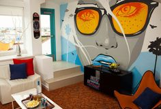 Hotel Erwin's New Dogtown Suite, LACMA's Record-Setting Rock