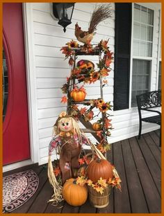 ➤57 Adorable Neutral Fall Porch Decor with Pumpkins and Corn Stalks for Inspiration #falldecor #autumndecor #porch #homedecor #halloween #pumpkins | gaming.me