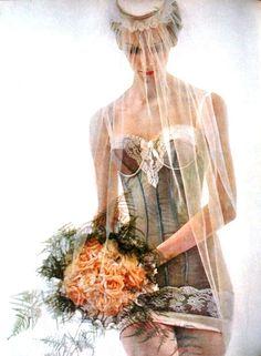 Elegance (Dutch) July 1961  Triumph 'wedding'lingerie