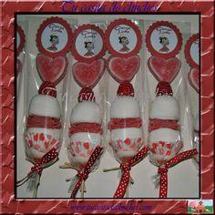 Brochetas de chuches elaboradas con un gran corazón deliciosas marsmallows, gominolas variadas, regaliz y mucho arte!! para la Academia de d...