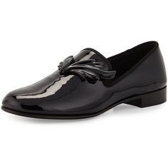 Giuseppe Zanotti Kevin Men's Patent Wing Formal Loafer (6.740 NOK) ❤ liked on Polyvore featuring men's fashion, men's shoes, men's loafers, black, mens black slip on shoes, mens black loafers shoes, mens formal shoes, mens patent leather shoes and mens venetian loafers