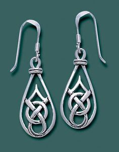 Pinnacle-knot Earring from celticmerchant.com