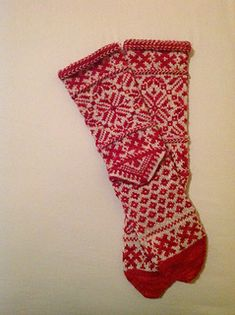 One of my favorite pairs! These are really pretty and the JulieSpin yarn is wonderful, gives a lot of depth of reds. I am changing the pattern a bit. First, I found that they were going to be a b...