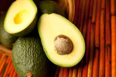 Bulletproof® Guacamole recipe: 4 large ripe Haas avocados, peeled T MCT Oil… Good Healthy Snacks, Healthy Fats, Healthy Eating, Healthy Recipes, Keto Recipes, Burger Recipes, Nutritious Meals, Diabetic Recipes, Clean Eating