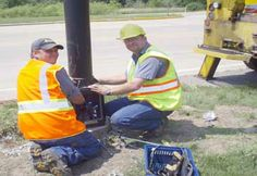 Street light repair by Gray Electric of Mauston and Toomah, WI