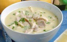 ΣΟΥΠΕΣ | Συνταγή για παραδοσιακή κοτόσουπα με ρύζι και αυγολέμονο