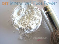 Bare Minerals costs about  20 bucks…. but this DIY version will cost you less than a dollar. Learn how to DIY Mineral Veil Powder. #beauty_hacks, #DIY_Mineral_veil, #mineral_veil