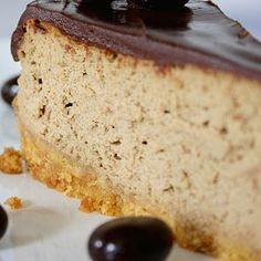 Cappuccino Cheesecake - This dessert recipes combines two things we love: coffee and cheesecake. This recipe will become a favorite as soon as you taste it!