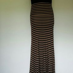 Tan / Black Maxi Striped Maxi skirt.  92% Rayon 8% Spandex Hot Luxx Skirts Maxi