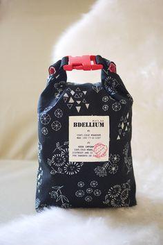 バックルポーチ | コッカファブリック・ドットコム|布から始まる楽しい暮らし|kokka-fabric.com