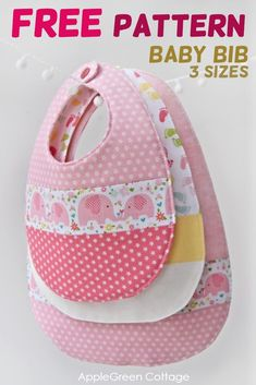 Baby bib pattern in 3 sizes, free and easy sewing project. This is my best baby bib pattern - I designed it in 3 sizes from newborn to toddler. Get your free pattern now! #babybibs #freepattern #bibs