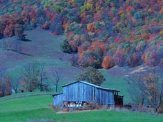 Old Barn. Tazewell, Virginia