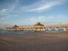 Fort Myers Beach, FL Love love love it. Holiday 2014, Beach Holiday, Florida Home, South Florida, Fort Myers Beach, Parasailing, Sanibel Island, Travel Memories, Florida Beaches