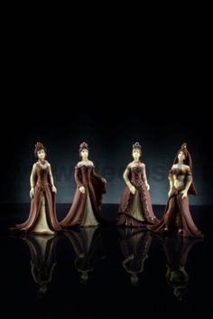 Principesse Grace, Charlotte, Hanna e Raja. Puoi trovare gli stampi per realizzare le Principesse di cioccolato su www.decosil.it