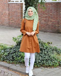 Muslim Fashion, Hijab Fashion, Fashion Outfits, Womens Fashion, Casual Wear, Casual Dresses, Modern Hijab, Hijabi Girl, Hijab Chic