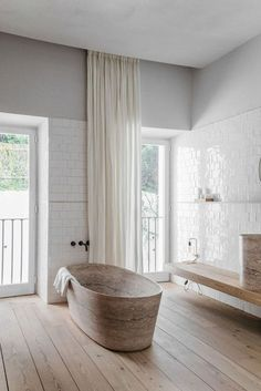Bathroom Styling, Bathroom Interior Design, Home Interior, Bathroom Ideas, Bathroom Tubs, Bathroom Mirrors, Zebra Bathroom, Condo Bathroom, Bathroom Canvas