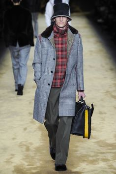 See the complete Fendi Fall 2016 Menswear collection.