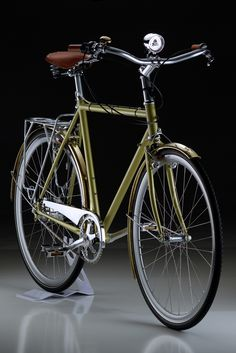 bikesandgirlsandmacsandstuff: (via Custom Rohloff Surly Cross Check) Bici Retro, Velo Retro, Retro Bike, Peugeot, Vintage Cycles, Vintage Bikes, Bici Fixed, Bicycle Storage, Urban Bike