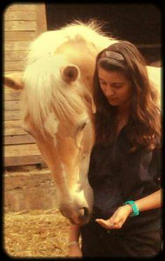 """Viele sagen """"das ist doch nur ein Pferd"""" ....doch es ist nicht nur ein Pferd! Es ist ein freund fürs Leben, der dir immer zuhört,  der immer für dich da ist, mit dem man alles durchmachen kann....:* <3"""