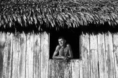 Luis Moreira da Silva, um dos poucos ribeirinhos que moram no Parque Nacional da Serra do Divisor, localizado no #Acre: http://abr.io/5uIv