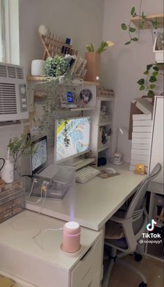 Study Room Decor, Room Ideas Bedroom, Small Room Bedroom, College Room Decor, Gaming Room Setup, Pc Setup, Pastel Room, Cute Room Ideas, Game Room Design