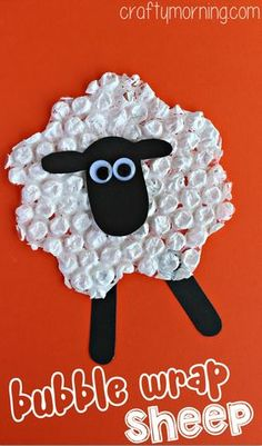 Easy and fun, these are our favourite sheep crafts for kids, perfect for spring, as Easter crafts or for farm units in preschool. Ideas suitable for all ages with lamb and sheep crafts that kids will love and that you'll want to share. Farm Animal Crafts, Sheep Crafts, Farm Animals, Wild Animals, Preschool Crafts, Easter Crafts, Christmas Crafts, Christmas Games, Kids Christmas
