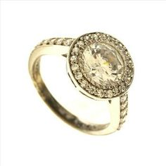3 Gram Sterling Silver Ring With Colorless Stones  http://www.propertyroom.com/l/3-gram-sterling-silver-ring-with-colorless-stones/9434125