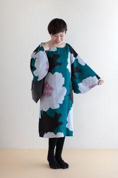 モスリン 薙刀長方形衣(なぎなたちょうほうけい) - 袖がポイントのワンピース