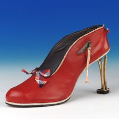 Shoes: Court Shoes made by Northampton College of Technology (c1939) by Northampton Museums, via Flickr