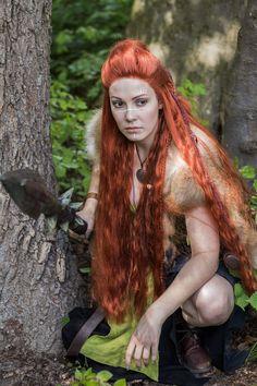 Sparkles, Daenerys Targaryen, Game Of Thrones Characters, Cosplay, Model, Fictional Characters, Art, Art Background, Kunst