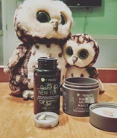 Reposting @kerrieberrie.ann: **PUN ALERT** These two are owlways reminding me to take my vitamins before bed. 💪