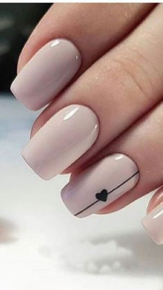 Have you heard of the idea of minimalist nail art designs? These nail designs are simple and beautiful. You need to make an art on your finger, whether it's simple or fancy nail art, it looks good. Simple Acrylic Nails, Acrylic Nail Art, Acrylic Nails Designs Short, Autumn Nails Acrylic, Short Nails Acrylic, Gel Nail Art, Nail Nail, Classic Nails, Short Nails Art