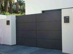 instalación de puertas automáticas y cerrajería