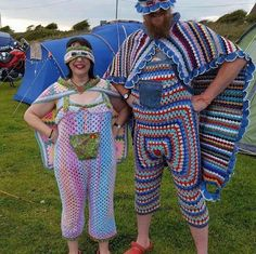 Just because you CAN, doesn't mean you should, is this knitting or crochet? I don't know the difference, but enjoyed a laugh Crochet Humor, Knit Crochet, Freeform Crochet, Marine Style, Ghetto People, Karla Gerard, Yarn Bombing, Crochet Clothes, Crochet Outfits