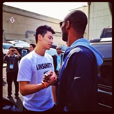 linsanity balled all over Kobe!! I'm also in love with Lin <3