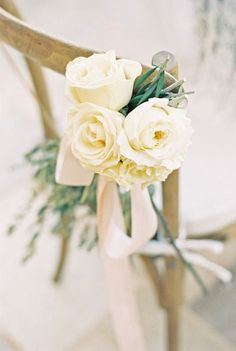 Ivory roses: http://www.stylemepretty.com/little-black-book-blog/2014/10/31/intimate-sunstone-villa-wedding/ | Photography: Khanh Hogland - http://khanhhogland.com/
