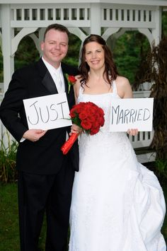 Just married wedding photo by Cindy Martin Photography, Member of the Bridal Dream Team.