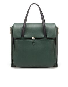 Not really a fan of green, but I love the structure of this bag.