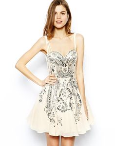 Forever Unique Sweetheart Prom Dress in Iridescent Sequin Embellishment http://picvpic.com/women-dresses-cocktail-party-dresses/forever-unique-sweetheart-prom-dress-in-iridescent-sequin-embellishment?ref=QA8LwA